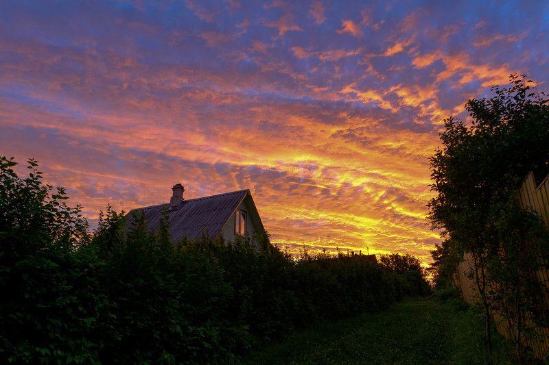 закат ...растекается море огня, угасая в немой тишине. (с)photo preview