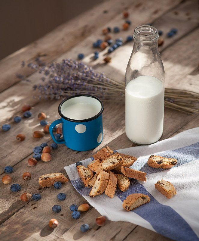 натюрморт молоко дерево лаванда утро Деревенское утро...photo preview