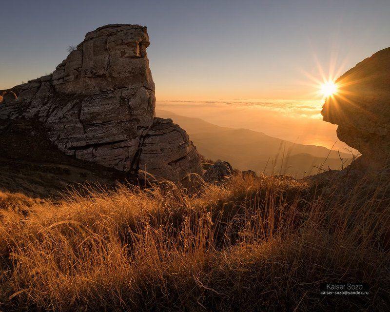 крым, демерджи, горы, рассвет На склонах Демерджиphoto preview