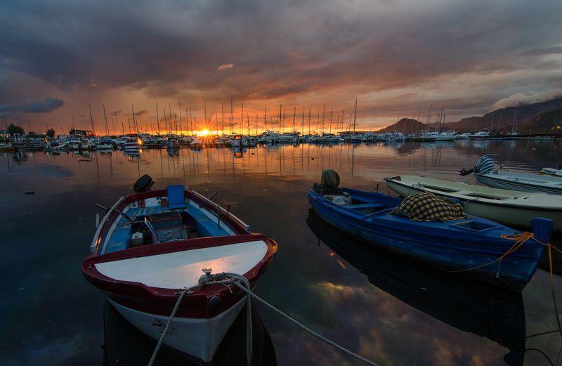 Черногория, закат, лодка, пейзаж Барphoto preview