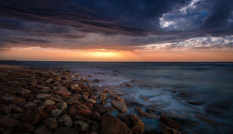 sky, sea, water, beach ,travel, sun, light ,clouds, beautiful ,stone, sundown before the stormphoto preview