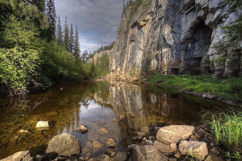 природа, закат, горная речка, скалы, лето, волшебный час, солнце, якутия Таежная речкаphoto preview