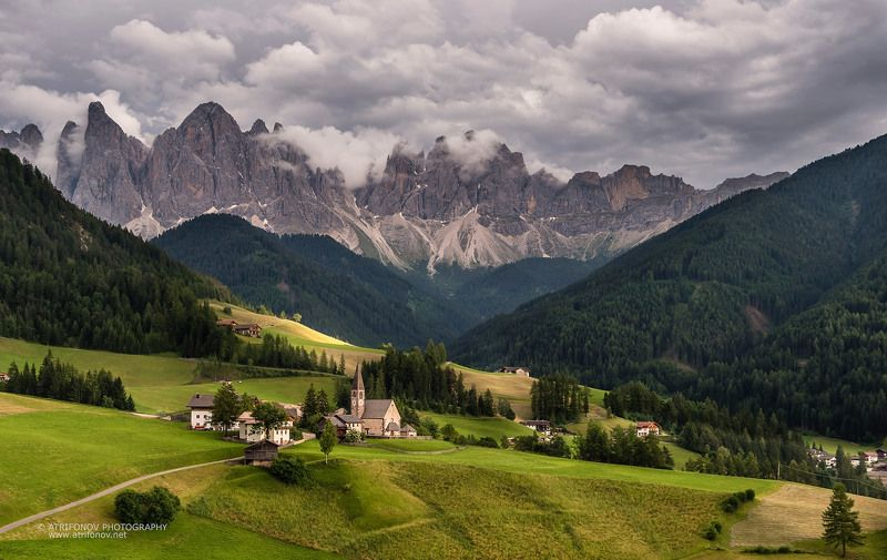 Santa Maddalena, South Tyrol, Dolomites, Italy, Val de Funes, Alps, village, Santa Maddalenaphoto preview