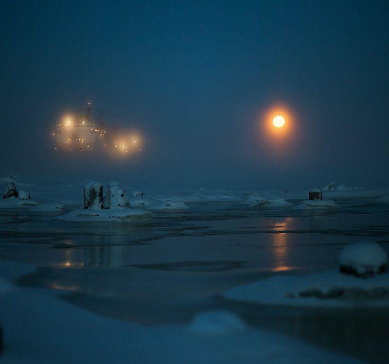 луна, зима, холод, утро, туман, архангельск, северная двина. Холодная лунаphoto preview