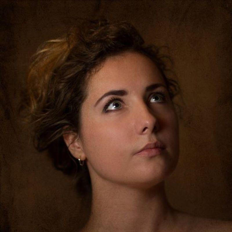 Автопортрет в зеркало Автопортрет в зеркалоphoto preview