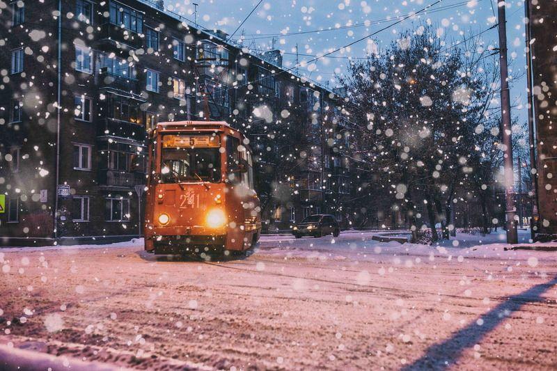 Город, Зима, Красноярск, Новый год, Россия, Сибирь, Снег, Трамвай Трамвайная романтикаphoto preview
