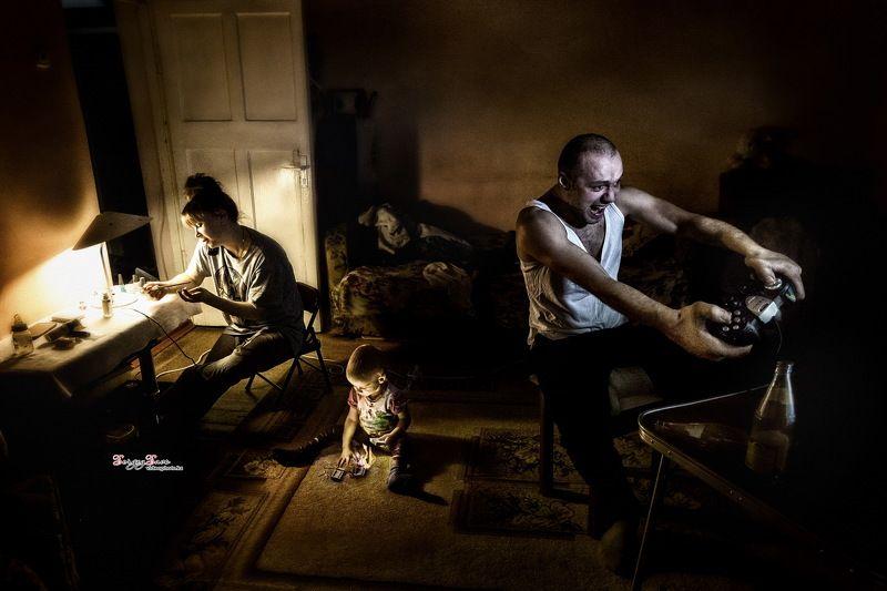 дети,  родители, мать, семья, проблемы семьи, отец, ребёнок, спички Один дома!photo preview