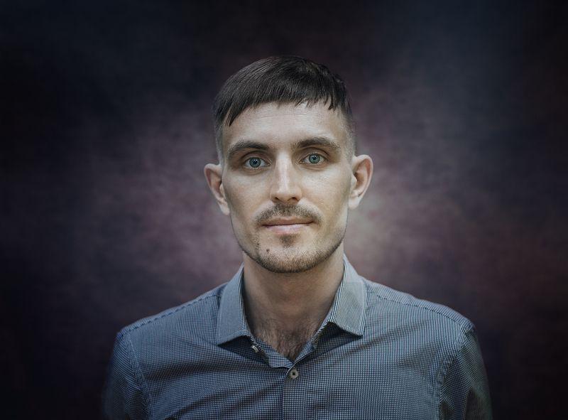 портрет Артёмphoto preview