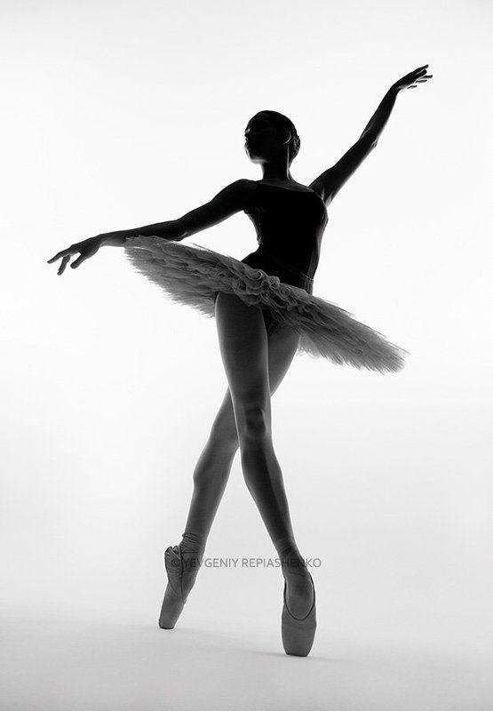 .spirit, fine art, ballet, балет, пачка,  пуанты, choreography, хореография, ballerina, балерина, dance, танец, sculpture, скульптура, dancer, танцор, шпагат, чб, bw, art, repiashenko, yevgeniy repiashenko, репяшенко, евгений репяшенко photo preview