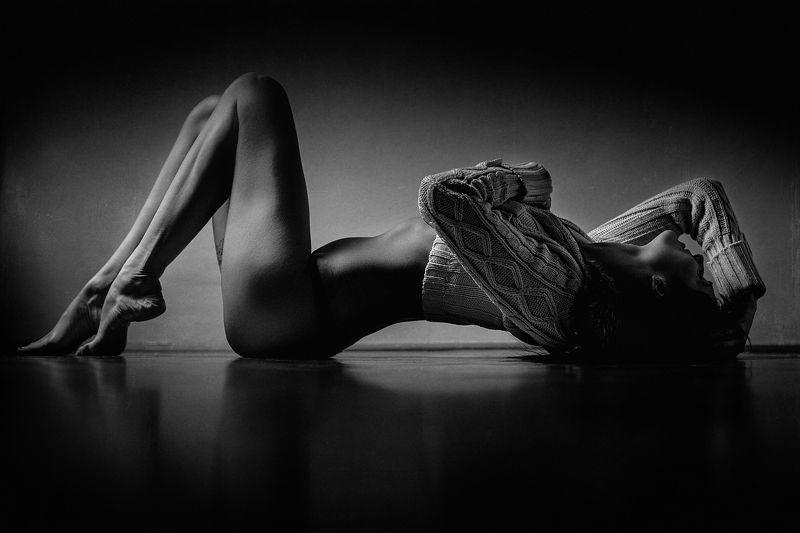 beautiful, model, bnw, boudoir, nude, girl, blackandwhite, sexy Desirephoto preview