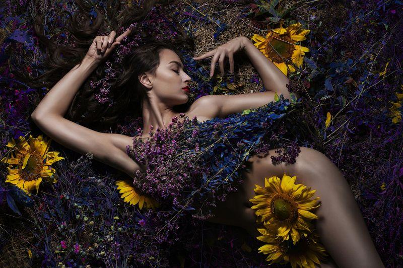 Девушка,цветы,гламур,портрет. Цветочные сныphoto preview