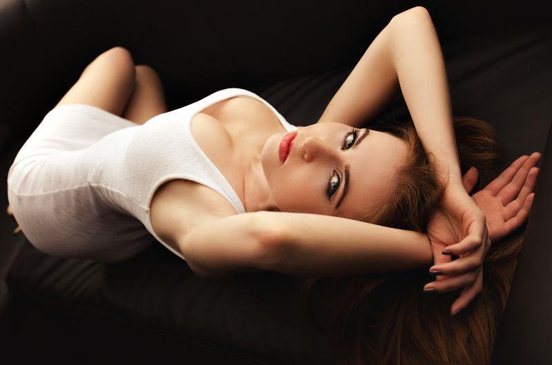 girl, color , budych , poland, sensual, white , studio , softbox , eyes, lips, breast Christina by Budychphoto preview
