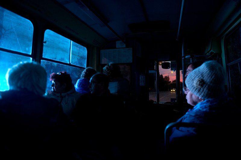 крым, автобус, троллейбус, россия, улица, закат, ночь, street, russia, crimea, troll, tram, bus, night, sunset, people, люди Рождение сверхновойphoto preview