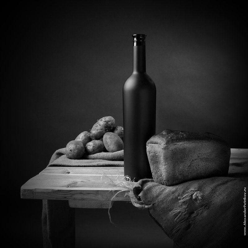 вино, хлеб, картофель, мешковина ***photo preview