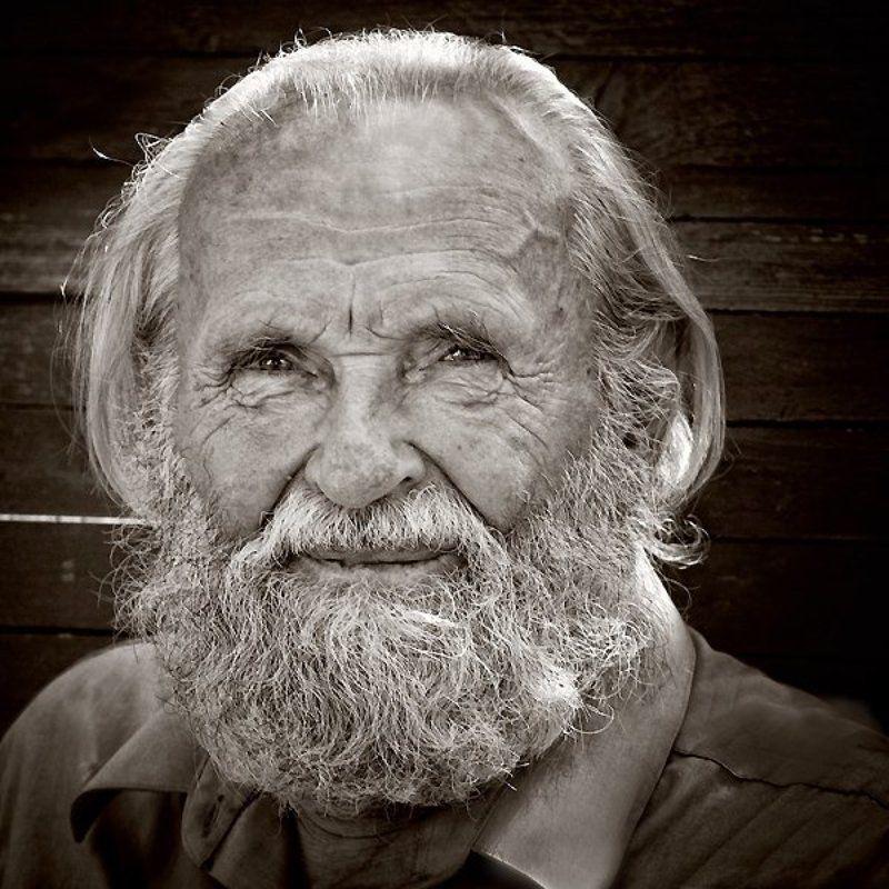 дед, взгляд, доброта, чб, глаза, борода Добрый взглядphoto preview