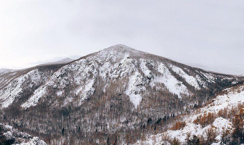 горы природа южныйурал Горное ущельеphoto preview