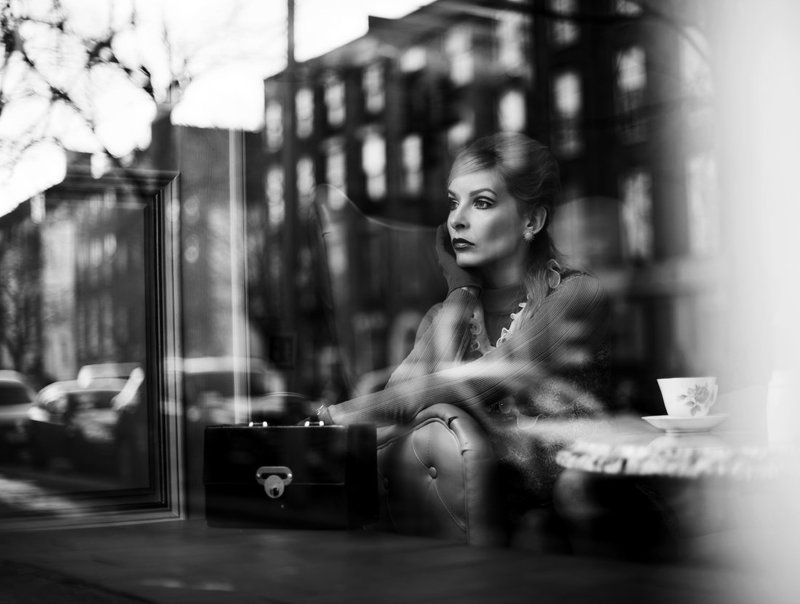 window, blac&white, 60\'s, untitledphoto preview