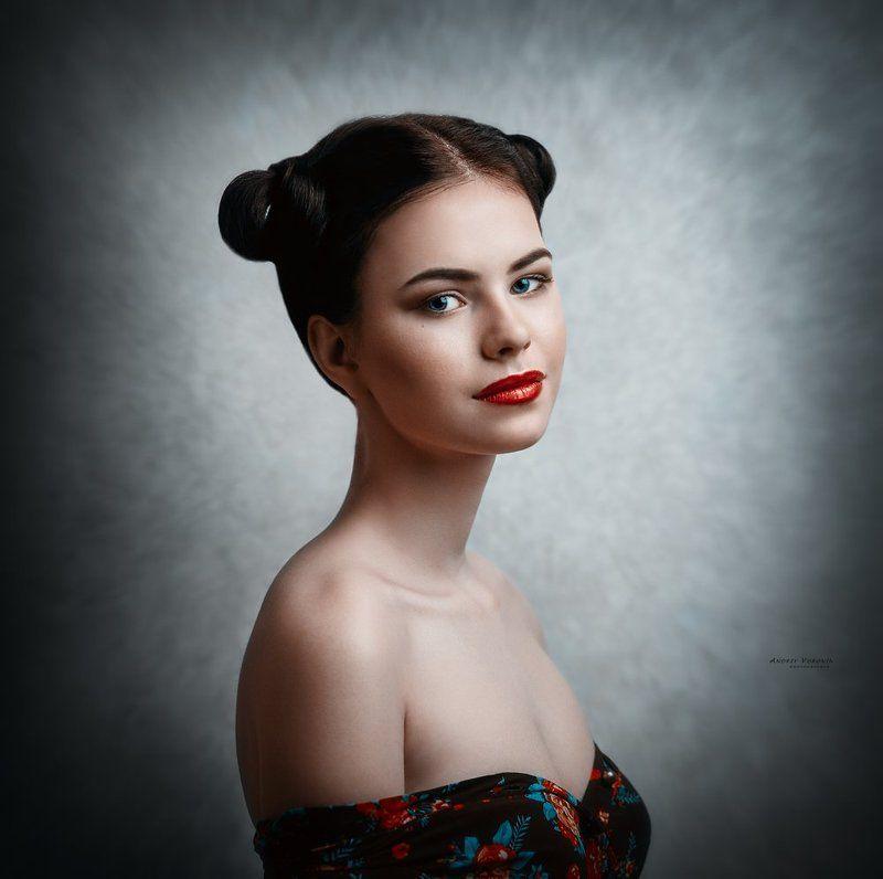 глаза,портрет,девушка,взгляд, Поцелуйphoto preview