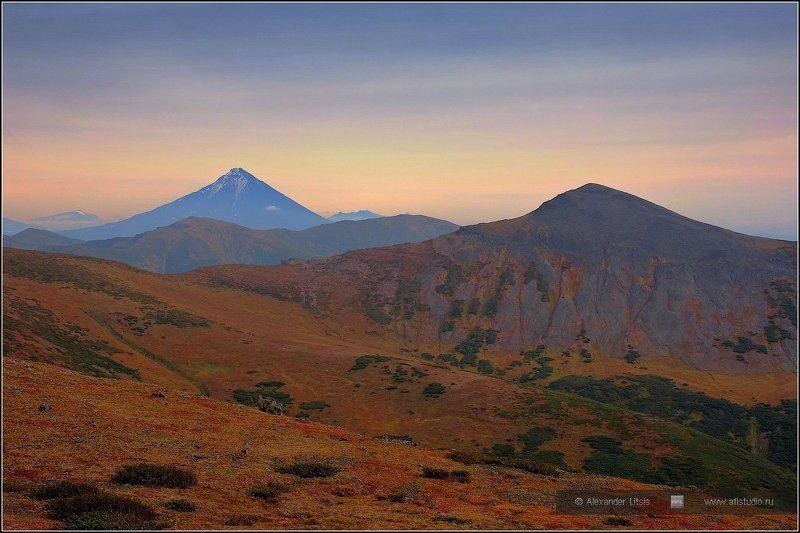 Камчатка, вулкан, горы Опалаphoto preview