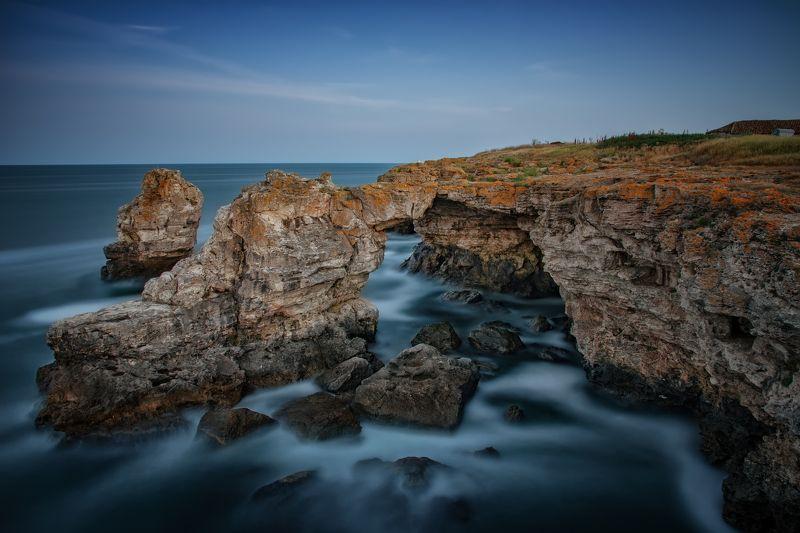 sea, waves, sky, rocks, Tyulenovo, Bulgaria The Blue Hourphoto preview