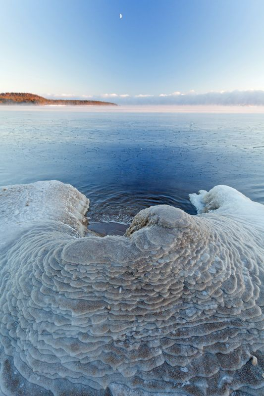 lake, winter, Russia, Ladoga, Karjala, Koionsaari, Venää Icy moster drinking the lakephoto preview