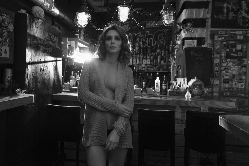 девушка, бар, вечер, соблазн Настяphoto preview