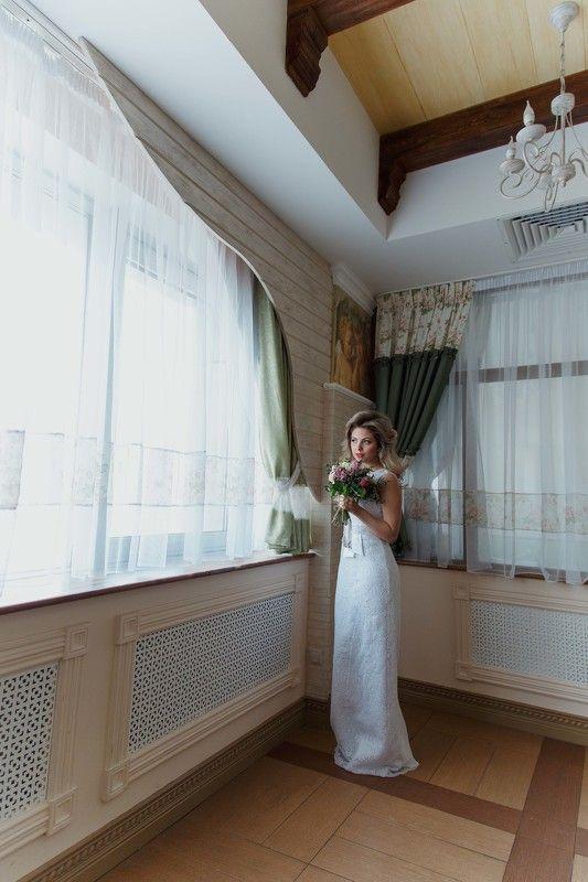 Белое платье, Блондинка, Девушка, Локоны, Портрет девушки, Розовое, Розы, Свадебное Rosephoto preview