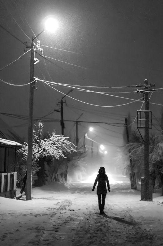 улица, ночь, dramatic, фонари, кыргызстан Подойди ко мне поближеphoto preview