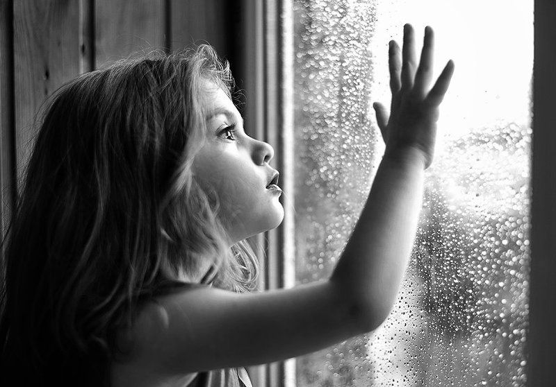 дети,детицветы жизни,детки,детскийпортрет А за окном все дождь...photo preview