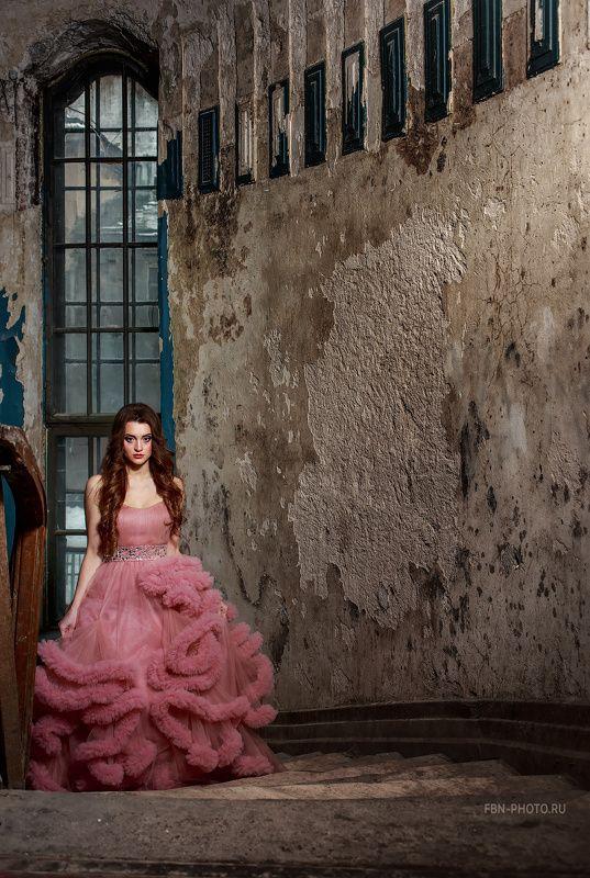 Принцесса старого замкаphoto preview