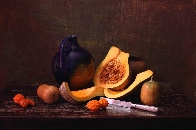 тыква,нож,продукты,питание, вегетарианство,здоровье, Натюрморт с разрезанной тыквойphoto preview