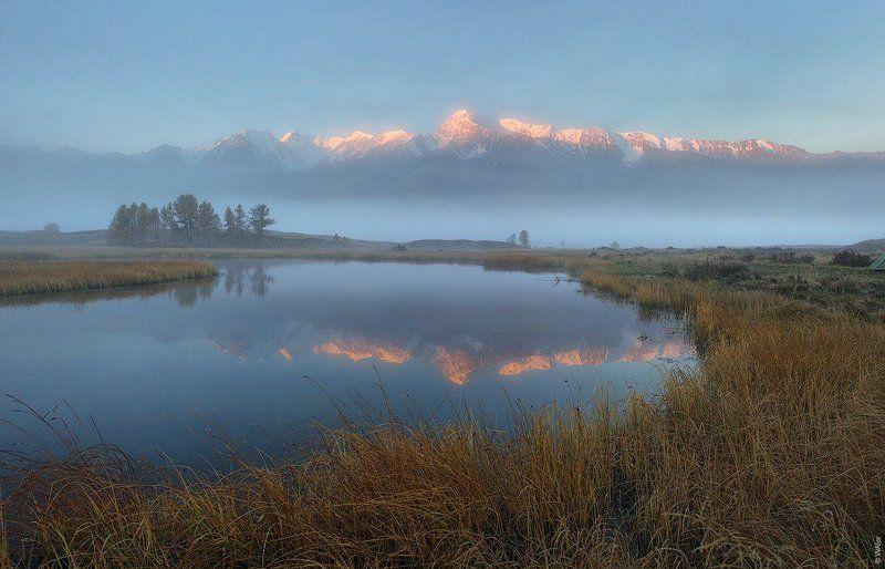 Алтай, Курайская степь, Ештыкель PRO утро на Ештыкельphoto preview