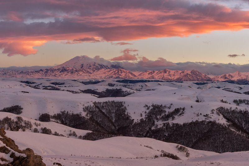 Эльбрус, горы, зима, закат, снег Эльбрус на закатеphoto preview