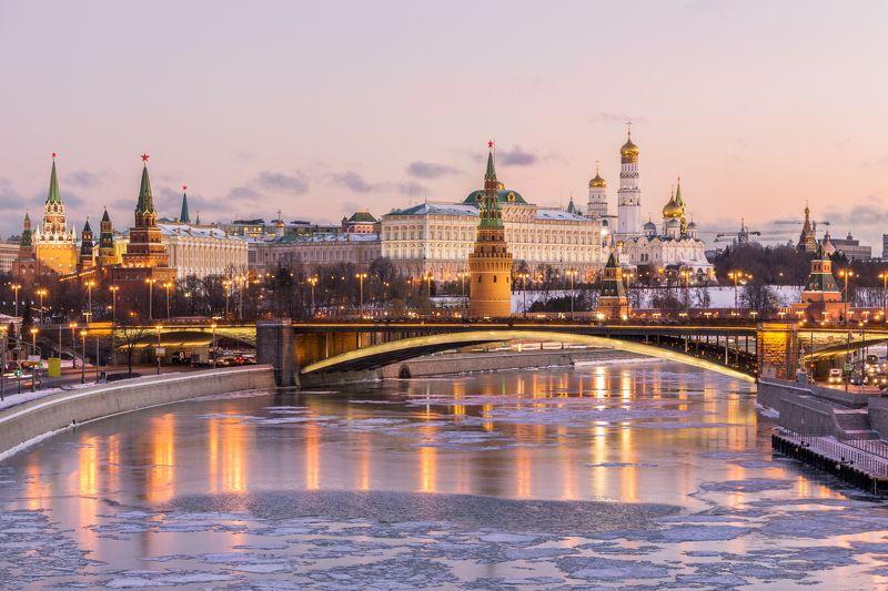 Москва, Кремль, город, архитектура, зима, мороз, рассвет Зимняя классикаphoto preview