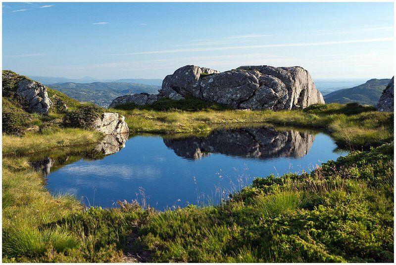 норвегия, берген, панорама, пейзаж, горы, фъорды Верхнее озероphoto preview
