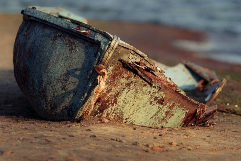 лодка, кораблекрушение, берег, балтика, петербург Naufragephoto preview