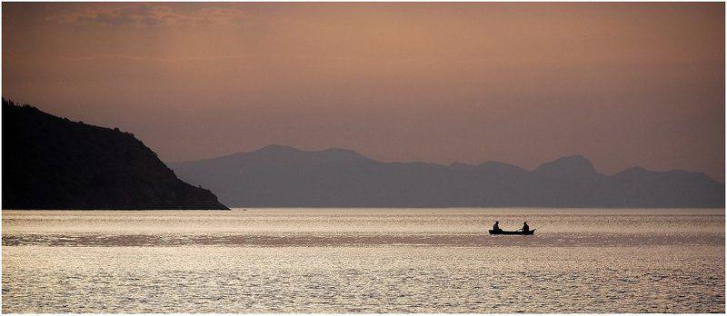 утро, рассвет, лодка, горы, море_черное Рано-рано утром (5)photo preview