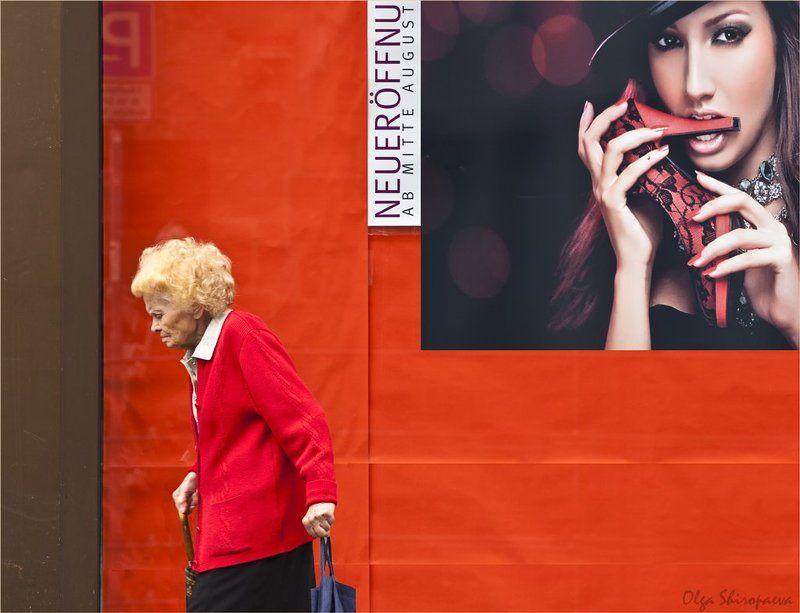 нюрнберг, фрау, афиша Любовь к красному.photo preview