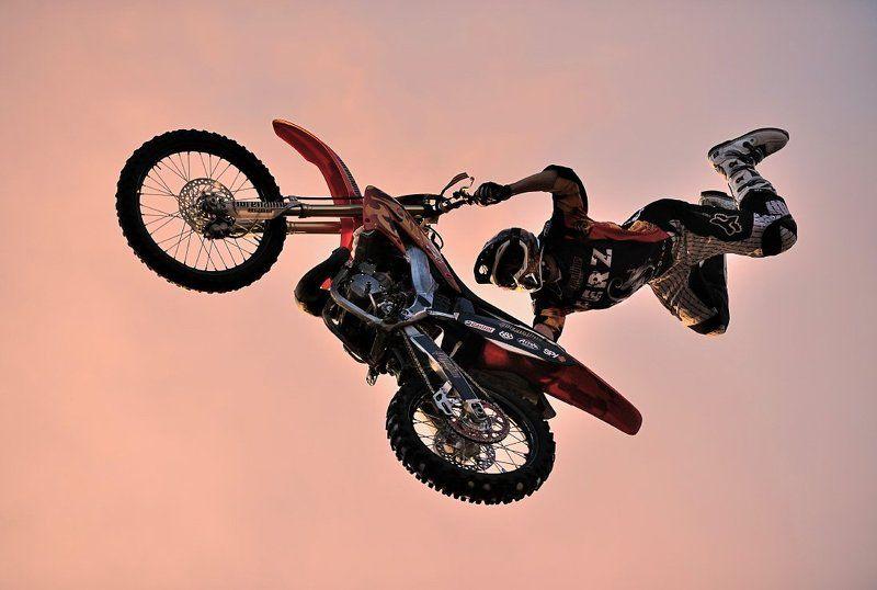 спорт, , мото, , полёт, , шоу, фристайл Невесомостьphoto preview