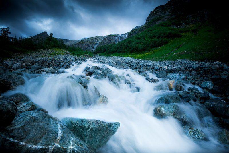 софийские водопады, архыз, карачаево-черкесия, кавказ Бурлящий потокphoto preview