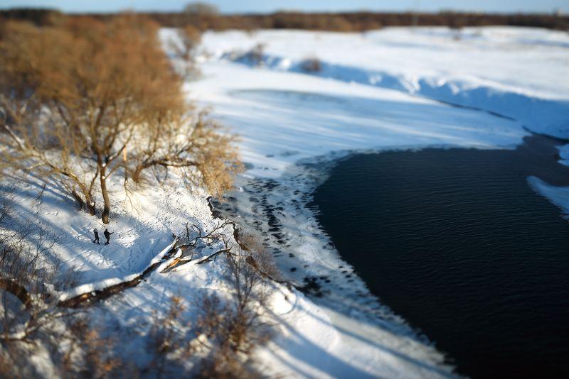 Прогулка у реки photo preview