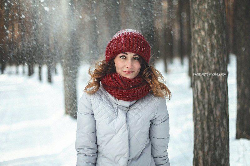 девушка, портрет, смышляев, дневной свет, girl, dayligh, smyshlyaev, зима, россия,челябинск, зима, лес Катяphoto preview
