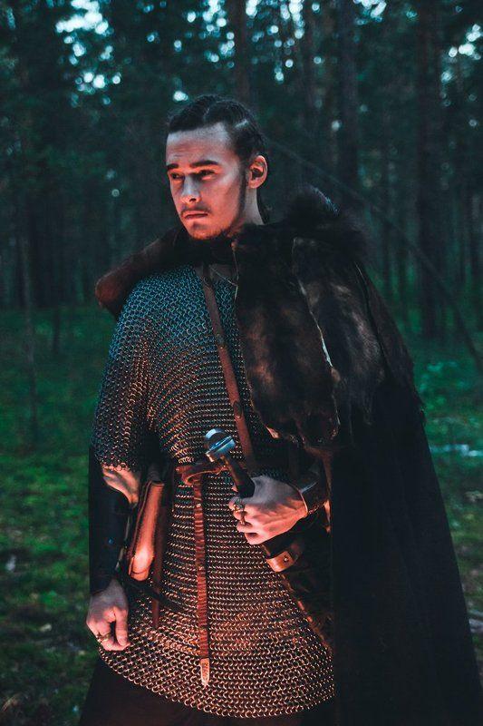 лес, портрет, воин Hunt Or Be Huntedphoto preview