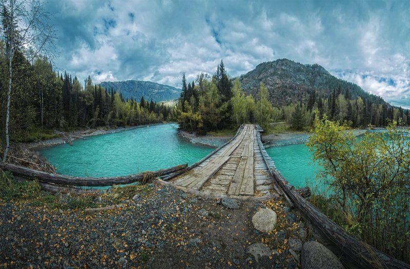 Мост через горную реку, Восточный Казахстанphoto preview