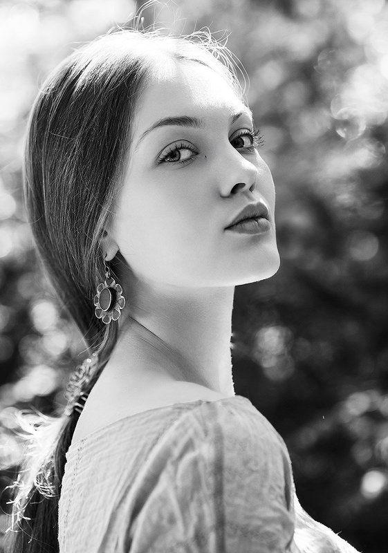 портрет, чб, черно-белое, москва, модель, свет, тени portrait портрет модель shade тени light москва свет moscow model Портрет 1photo preview