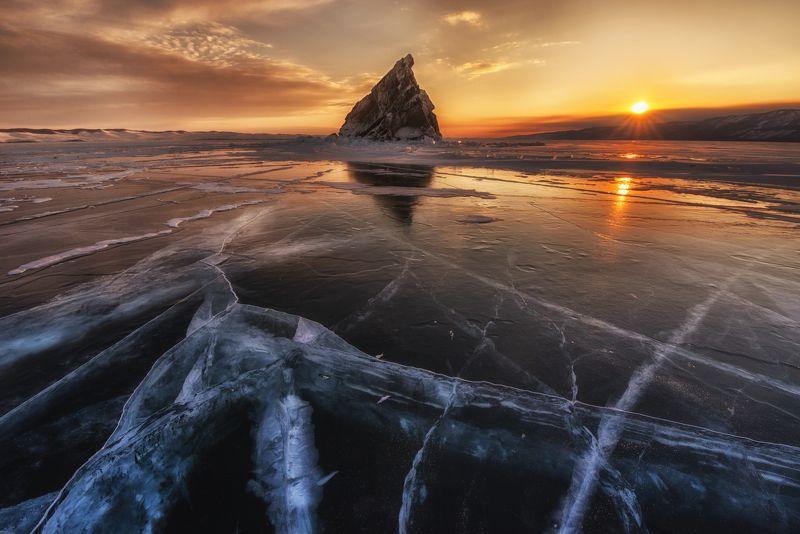Байкал, пейзаж, закат, лед, природа, лёд, Байкальский лед, отражение, остров, зима \