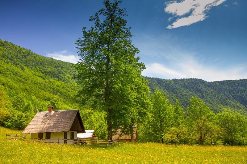 Slovenian cottagephoto preview