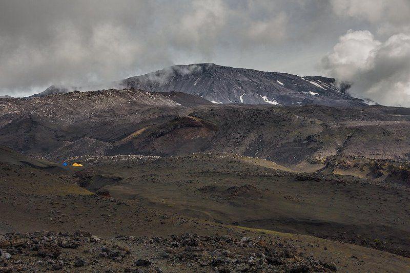 камчатка, Толбачик, марсианский пейзаж, палатки, Толбачинский долphoto preview