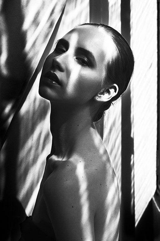 light лето summer beautiful свет shade тени красиво model. girl portrait портрет модель. девушка Игры светаphoto preview