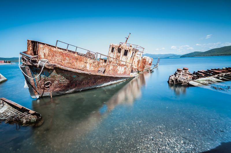 приморский край, приморье, японское море, дальний восток, брошенное судно Никому не нужныйphoto preview